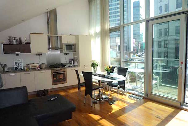Studio Apartment Manchester for the price of a studio in london you can rent this duplex in