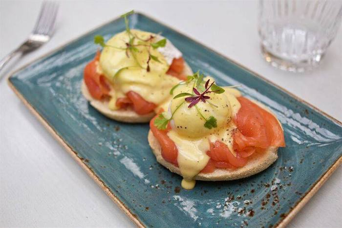 The-Living-Room-Manchester_eggs-royale