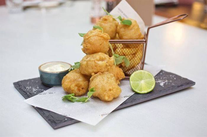 The-Living-Room-Manchester_fish-bites