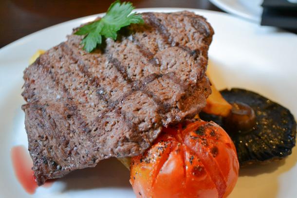 Rosylee Steak And Wine 8