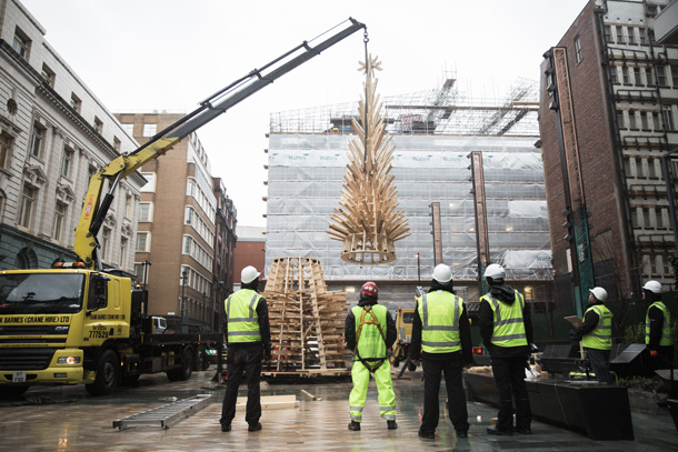 WATCH: Sadler's Yard Xmas Tree To Be Recycled Into a Pub I Love Manchester