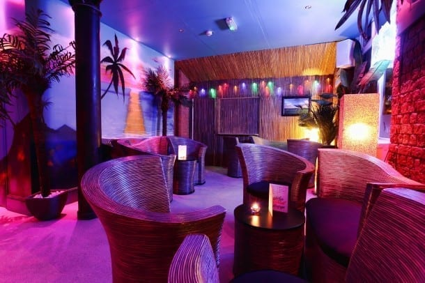 Lolas Miami Style Beach Bar 610X406