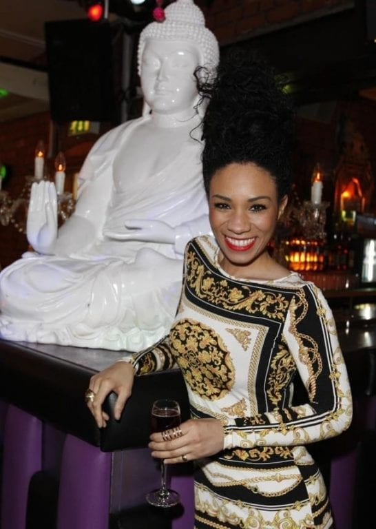 Michelle Ackerley Deadly Arts Presenter At Lammars Sixth Birthday Party 610X858
