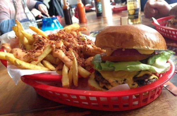 Almostfamousburgers Famous Burger