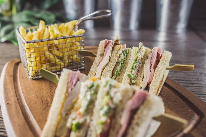 chalk-bar-restaurant-sandwiches-lunch
