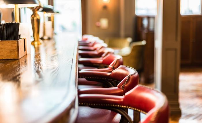 King-St-Townhouse-hotel-Manchester_bar-stools