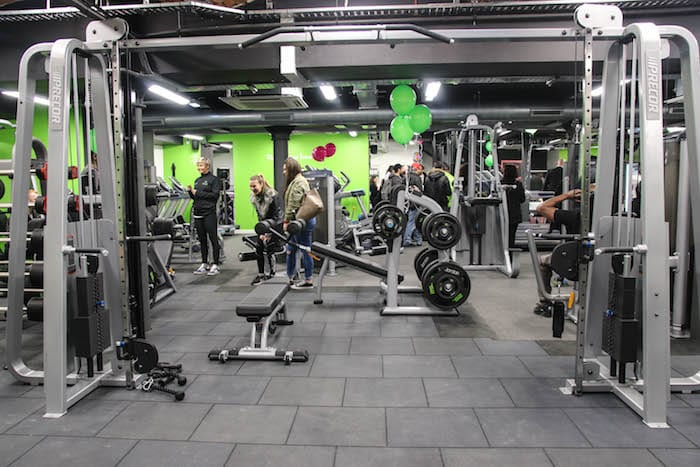 Fit For Less >> Fit4less New Budget Manchester Gym Opens Its Doors And