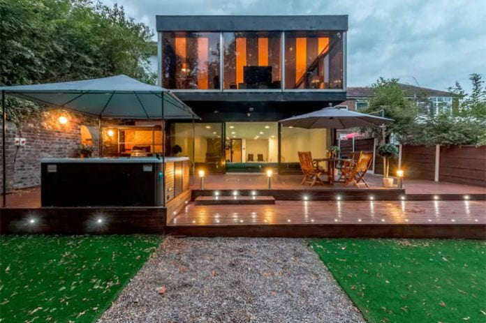 You can rent this stylish 20 bed house with roof terrace and