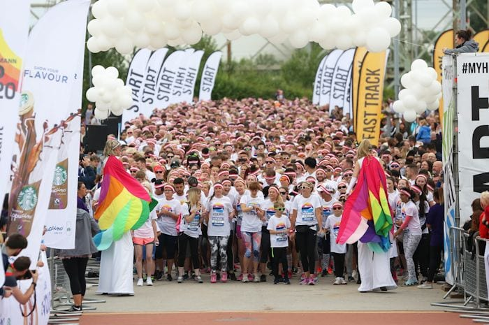 Thousands of happy Mancs run the most colourful 5k in the world I Love Manchester