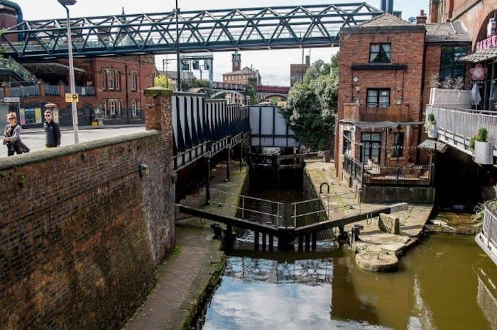 Three to see: a canal rave, Christmas munching and a boozy brunching I Love Manchester