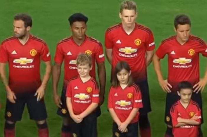 Mourinho S Red And Black Army Why The New Man United Kit Is A Shocker I Love Manchester