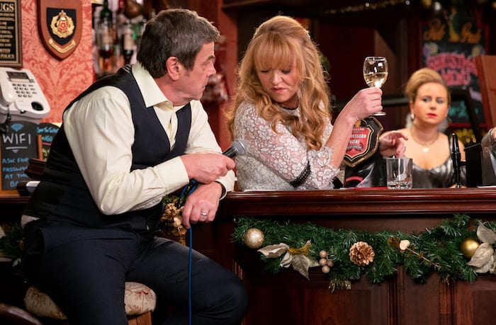 What happens on Coronation Street this Christmas?  All the episode details and times I Love Manchester