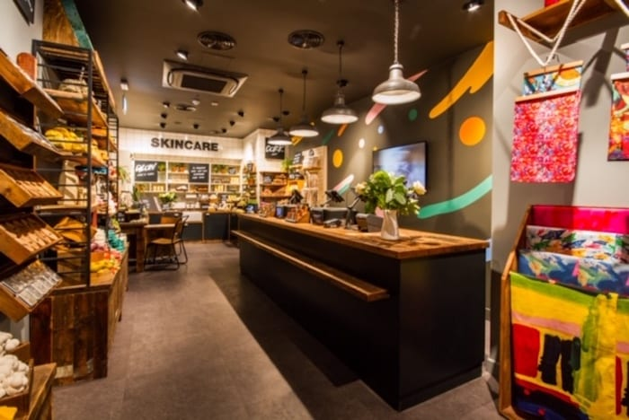 """Lush """"naked"""" store in Manchester - what's the first packaging-free store in the UK really like? I Love Manchester"""