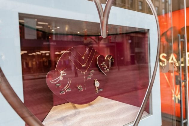 Dazzling diamonds, seductive scents and warming whiskies: the Royal Exchange Manchester has you covered this Valentine's I Love Manchester