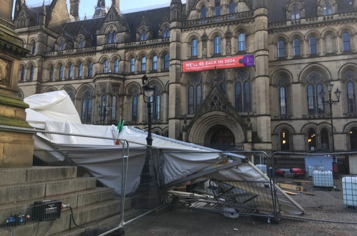 BREAKING: high winds rip Irish Festival marquees off the ground on Manchester's Albert Square - dramatic pictures and video from the scene I Love Manchester