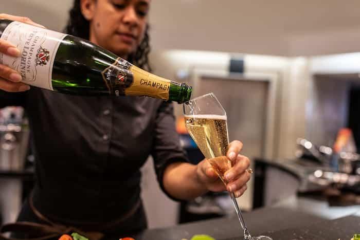 Kendals Champagne Bar