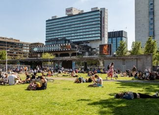 sun Piccadilly Gardens