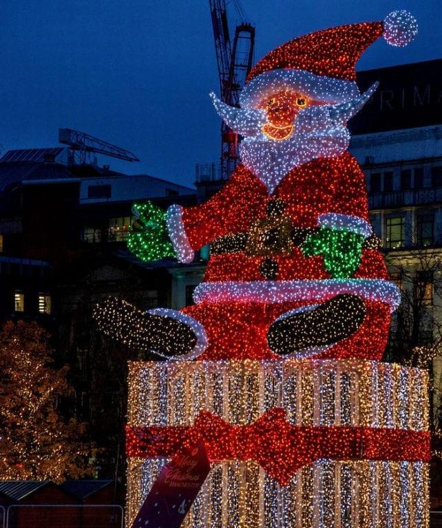 giant santa Piccadilly