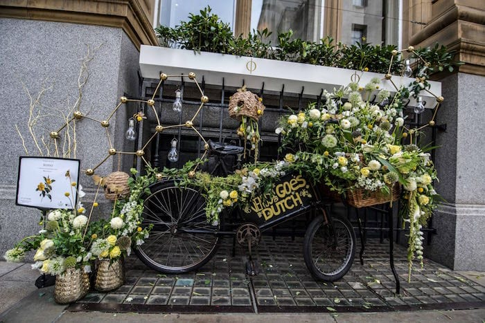 Manchester's retro flower show returns to cover the city in thousands of blossoms I Love Manchester